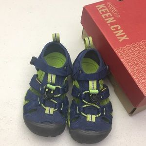 Toddler sandals water shoes